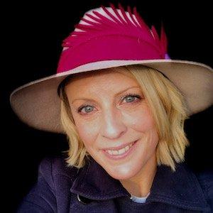 copywriter in a hat